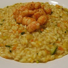 RISOTTO PRIMAVERA AL CURRY CON GAMBERI